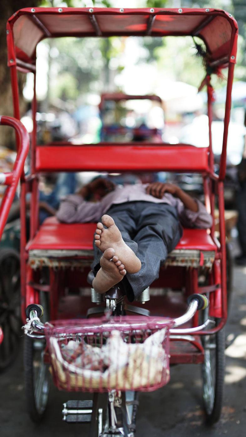 Rickshaw feet