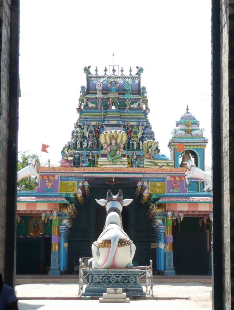 Kleurrijke Hindoe tempel in het Noorden van SriLanka
