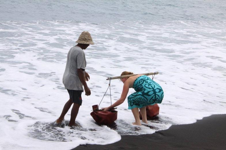Zeezout maken bij een mooi zwart stand