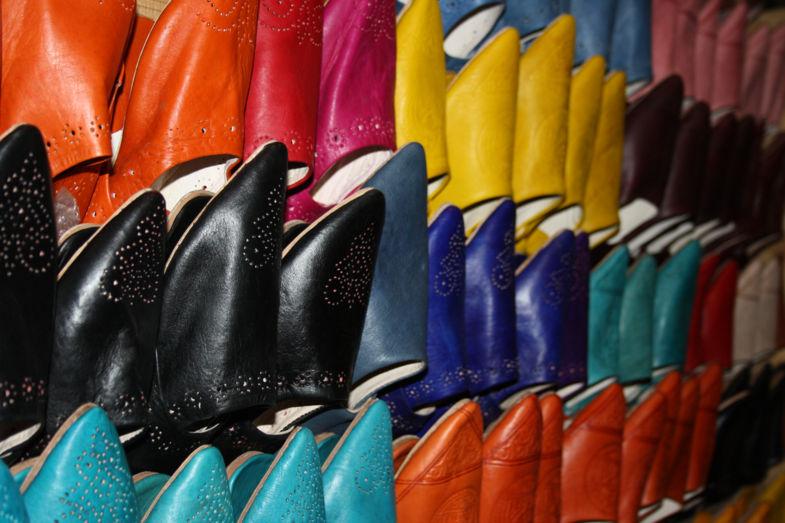 Prachtige Marokkaanse schoenen in Fez