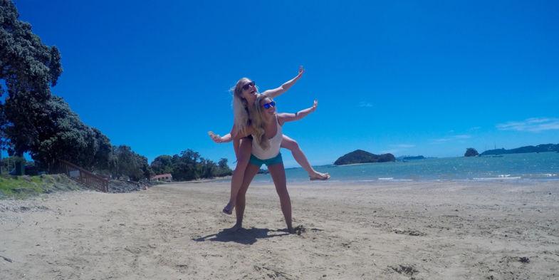 Toppunt van onze vakantie: Superblij na het spotten van dolfijnen in Bay of Islands!