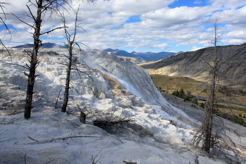 Overwhelming nature - Moth Springs in Yellowstone Park a true miracle of nature