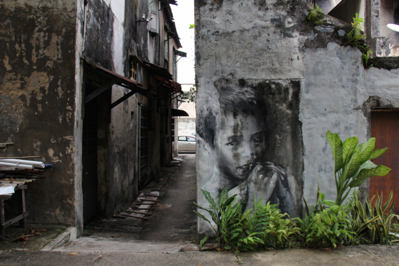 Streetart Georgetown Penang: Child Mural at Prangin Canal