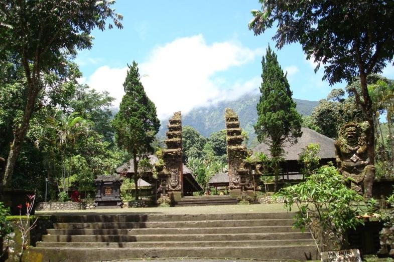 Prachtige tempel bezocht