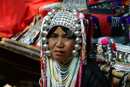 Vrolijke verkoopster in Chiang Mai