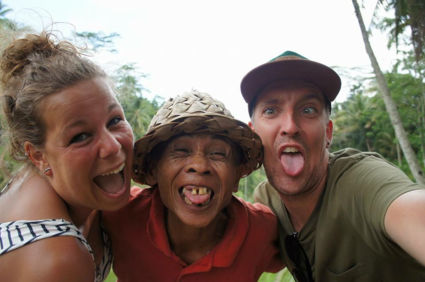 Familie in de rijstvelden nabij Ubud