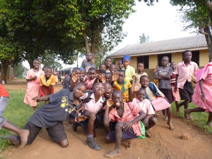 Scholenbezoek Oeganda
