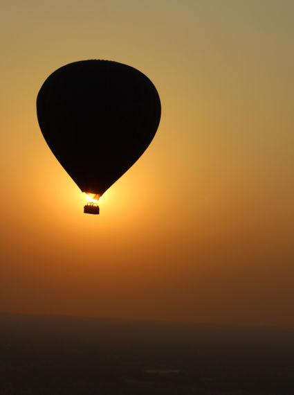 Luchtballon boven Bagan
