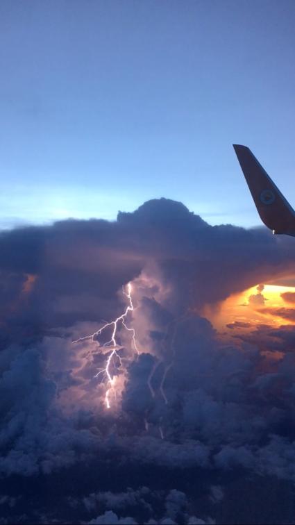Onweer op 10.000 ft