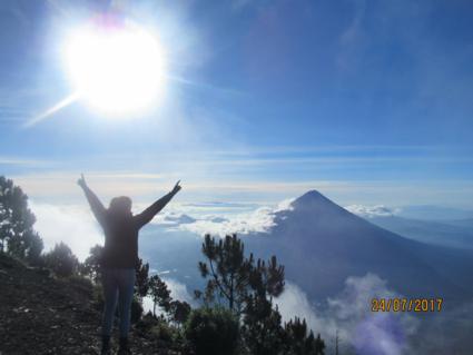 Vulcano Acatenango Hike