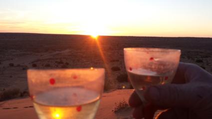 Sunset op Big Red aan de Simpson desert, breathtaking!!