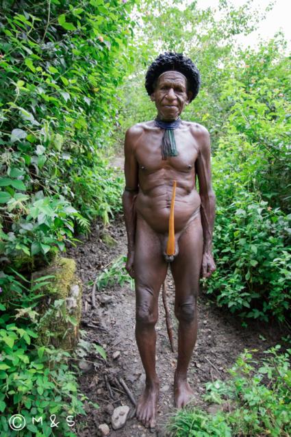 Verrassende ontmoeting tijdens hike in Baliem Valley