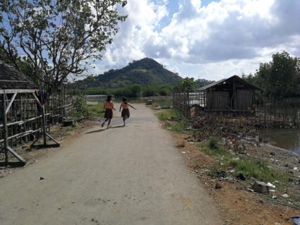 Schoolmeisjes van Lombok